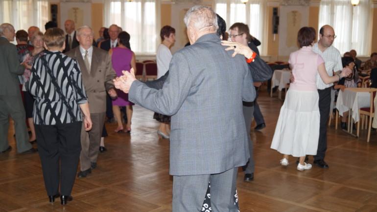 Jarní ples Centra sociálních služeb a pomoci Chrudim