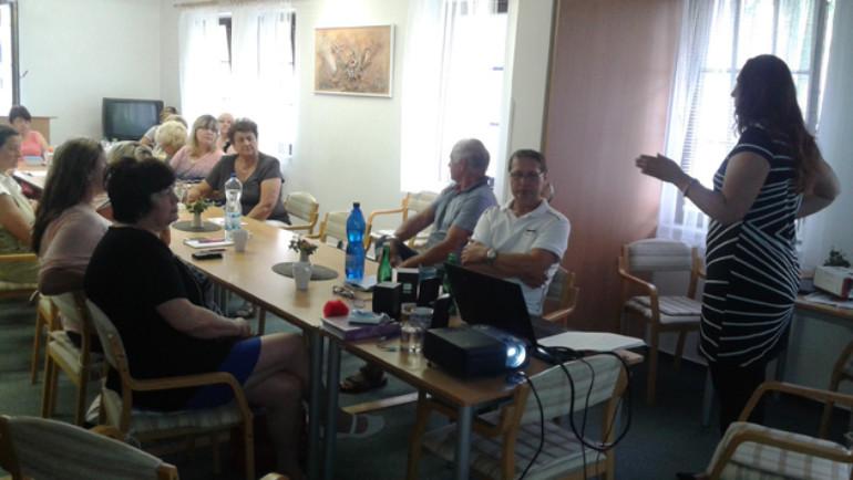 """Unikátní seminář """"Demence v obrazech"""" tentokrát v Centru sociálních služeb a pomoci v Chrudimi"""